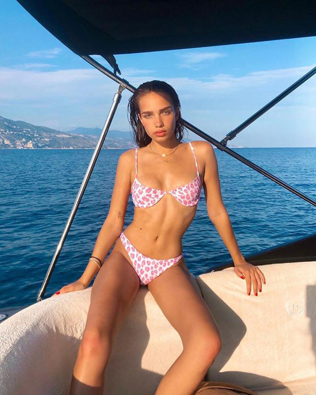 Dàn bạn gái bốc lửa của con trai David Beckham: Toàn minh tinh nổi tiếng và con gái tỷ phú - Ảnh 11.