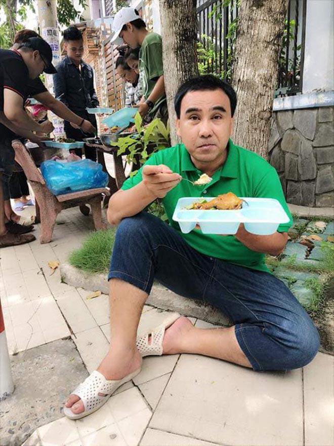 Hình ảnh khiến triệu người thích thú của MC giàu nhất nhì Việt Nam Quyền Linh - Ảnh 9.