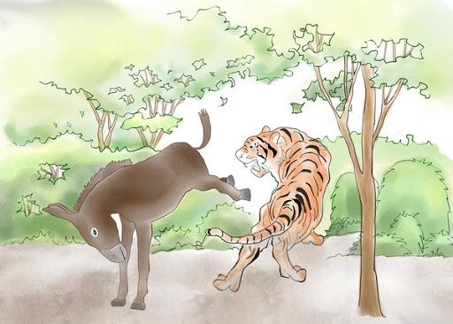 Bò theo cách ngược đời, đuôi đi trước đầu theo sau, con rắn gặp kết cục đủ đau để cảnh tỉnh nhiều người - Ảnh 4.