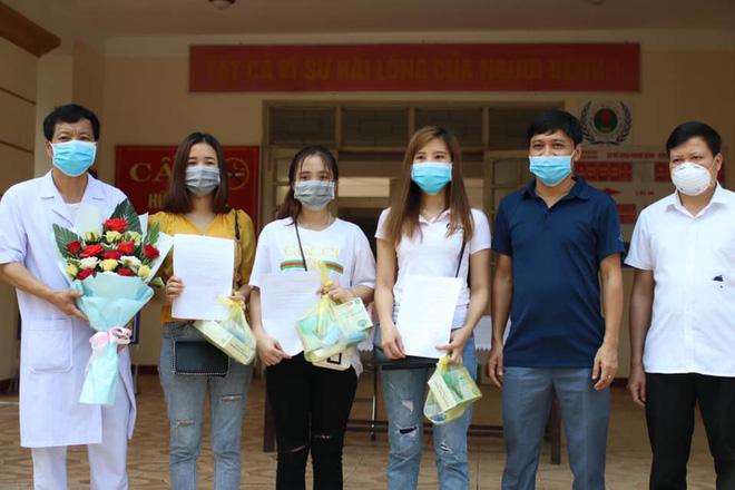 Sắp tới, Hà Nội sẽ kiến nghị nới lỏng giãn cách xã hội; Chưa phê duyệt nghiên cứu tiêm vắc xin lao cho cán bộ y tế tuyến đầu chống dịch COVID-19 - Ảnh 1.
