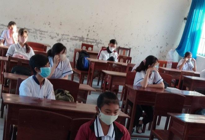 Hà Nội dự kiến cho học sinh đi học trở lại vào đầu tháng 5; TIN VUI: 4,5 ngày Việt Nam không ghi nhận ca mắc COVID-19 mới - Ảnh 2.