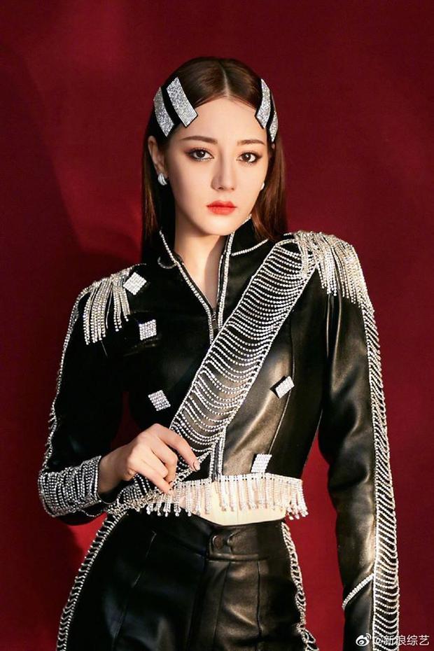 Dự đoán người kế nhiệm sao Cbiz tương lai: Gà cưng Dương Mịch nổi bật nức tiếng, hậu duệ của Triệu Lệ Dĩnh thì sao? - Ảnh 3.