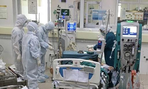 Phi công người Anh bị đông đặc một bên phổi: Hội chứng sát thủ do Covid-19 đáng sợ như thế nào? - Ảnh 2.