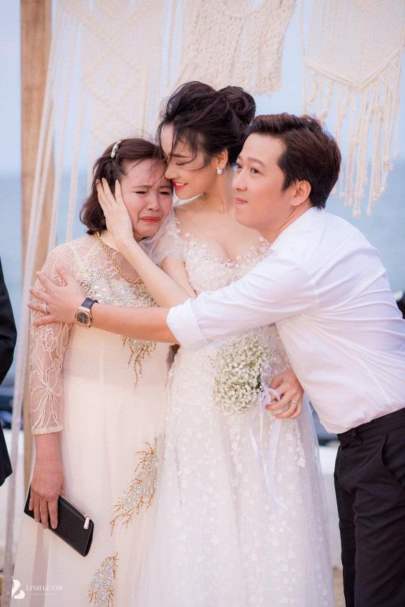 Những khoảnh khắc xúc động nhất lễ đính hôn bí mật của Trường Giang - Nhã Phương lần đầu được tiết lộ - Ảnh 3.
