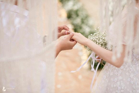 Những khoảnh khắc xúc động nhất lễ đính hôn bí mật của Trường Giang - Nhã Phương lần đầu được tiết lộ - Ảnh 4.