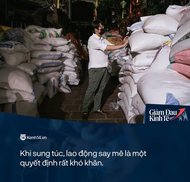 Cha đẻ cây ATM gạo: Người tới xin gạo còn sức lao động, tôi sẵn sàng nhận làm việc, có lương tháng, bao ăn - Ảnh 5.