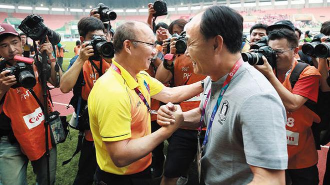 Mảng tối lộ diện mùa Covid: Có một nền bóng đá Hàn Quốc ích kỷ, không lung linh như phim ảnh - Ảnh 5.