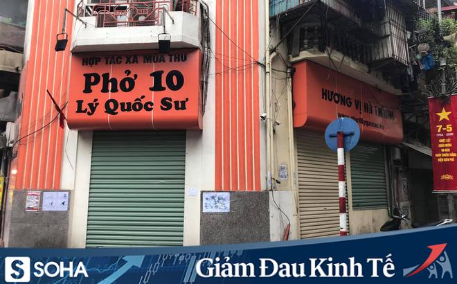 """Hà Nội: Người dân háo hức đi ăn phở nhưng vẫn """"đỏ mắt"""" không tìm thấy quán"""