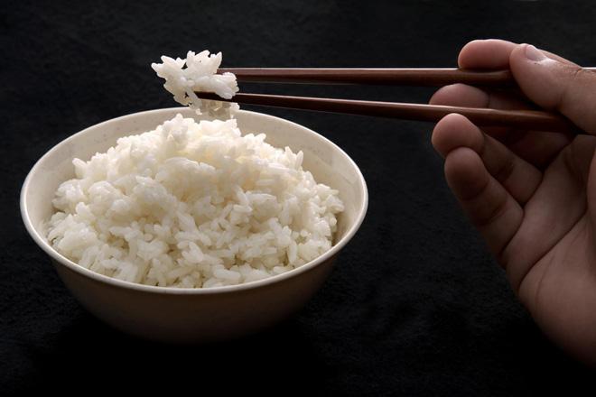 Nghiên cứu mới: CO2 tăng, chất lượng dinh dưỡng trong hạt gạo sẽ giảm, nguy cơ ảnh hưởng tới hàng tỷ người - Ảnh 1.