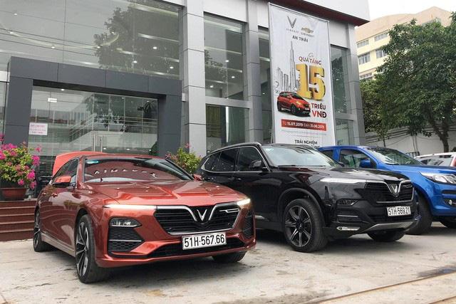 VinFast bứt tốc: Gần 2.000 xe Lux, hơn 3.000 xe Fadil tới tay người Việt trong 3 tháng đầu 2020 - Ảnh 2.