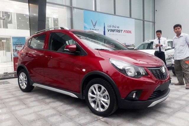 VinFast bứt tốc: Gần 2.000 xe Lux, hơn 3.000 xe Fadil tới tay người Việt trong 3 tháng đầu 2020 - Ảnh 3.