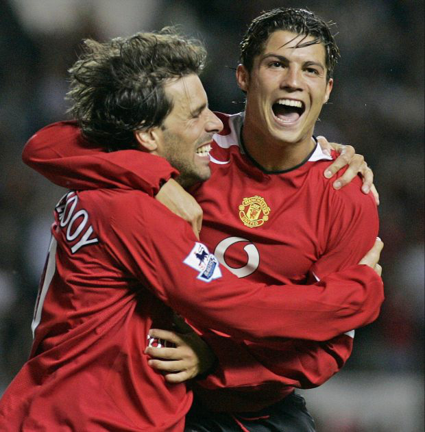 Ronaldo và những ngày không quên ở MU (kỳ cuối): Dám làm Ro điệu khóc nhè, một huyền thoại bị tống ra đường - Ảnh 2.