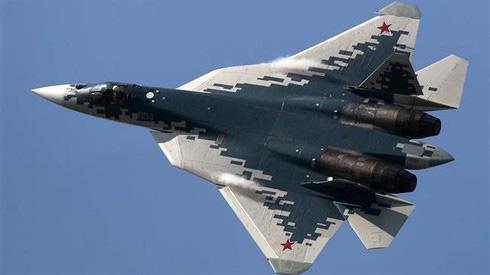 Tiêm kích tàng hình Su-57 Nga lập chiến công ở Syria? - Tư lệnh QĐ Iran ra mệnh lệnh: Tiêu diệt toàn bộ tàu chiến Mỹ - Ảnh 1.