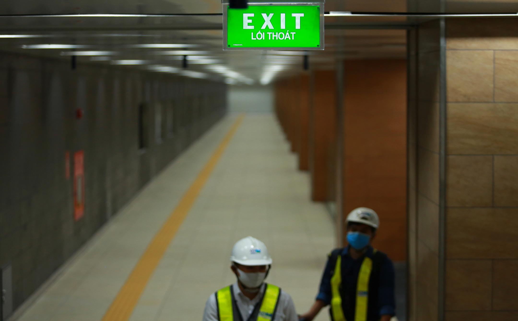 Ga ngầm 4 tầng đầu tiên của Metro TP.HCM sắp hoàn thiện, nằm sát bên Nhà hát thành phố - Ảnh 15.