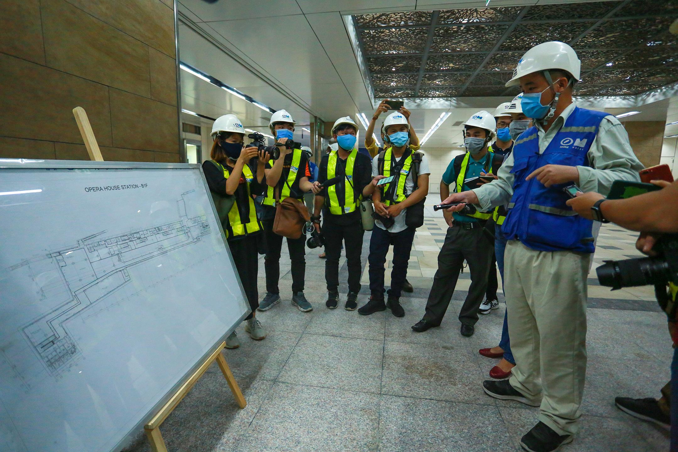 Ga ngầm 4 tầng đầu tiên của Metro TP.HCM sắp hoàn thiện, nằm sát bên Nhà hát thành phố - Ảnh 3.