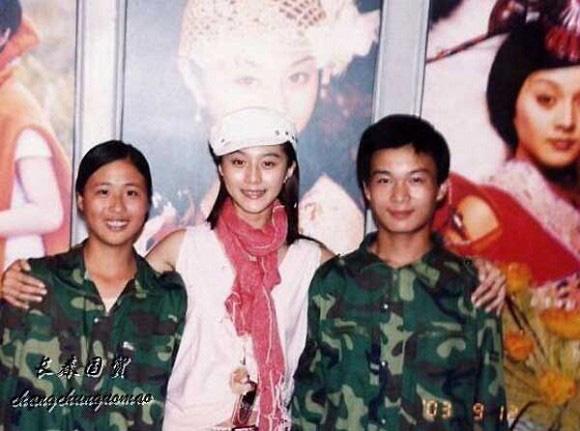Bức ảnh năm 22 tuổi chưa từng được công bố của Phạm Băng Băng bất ngờ gây bão dư luận, nhan sắc thật sự được hé lộ - Ảnh 2.