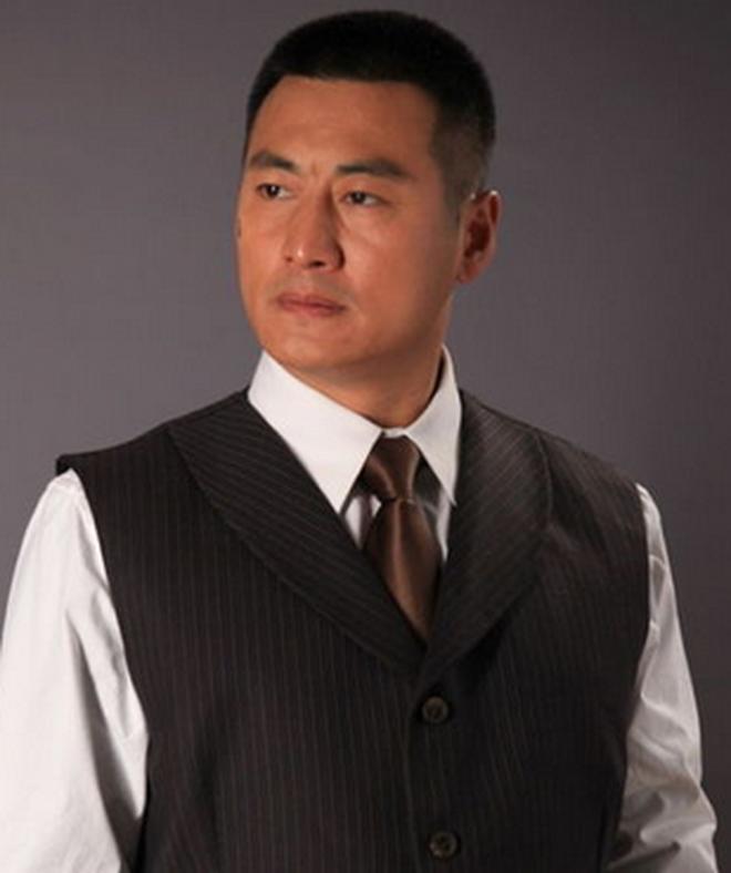 """5 mối tình kín tiếng của Triệu Vy: Toàn nhân vật """"máu mặt"""" vừa có tiền vừa có quyền, profile khủng đến mức khó ai bì kịp - Ảnh 4."""
