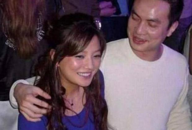 """5 mối tình kín tiếng của Triệu Vy: Toàn nhân vật """"máu mặt"""" vừa có tiền vừa có quyền, profile khủng đến mức khó ai bì kịp - Ảnh 7."""