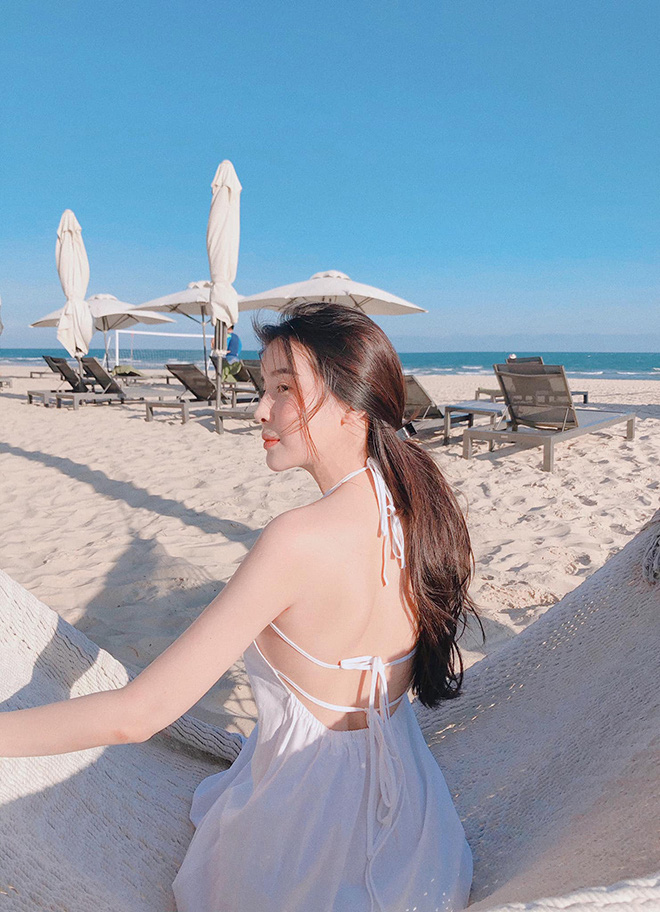 Cao Thái Hà khoe vẻ quyến rũ khi diện bikini gợi cảm - Ảnh 6.