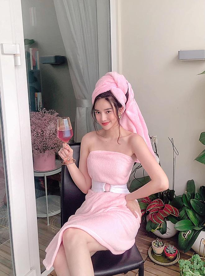 Cao Thái Hà khoe vẻ quyến rũ khi diện bikini gợi cảm - Ảnh 7.