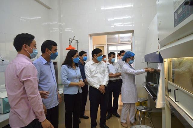 Sở Y tế Thái Bình đề nghị thanh tra việc mua máy xét nghiệm COVID-19 trị giá 5,8 tỷ đồng - Ảnh 1.