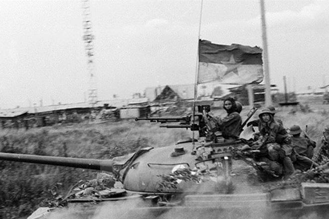 Đại tá Nguyễn Khắc Nguyệt: Vỏ quýt dày có móng tay nhọn - Bí kíp có một không hai của lính xe tăng Việt Nam - Ảnh 4.