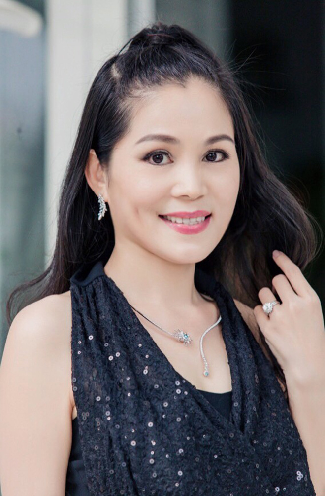 Nhan sắc thời trẻ của vợ đại gia MC Quyền Linh - Ảnh 11.