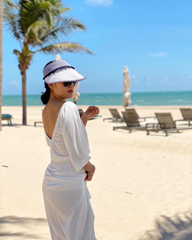 Tung loạt ảnh diện bikini gợi cảm, Phương Linh tiết lộ số đo 3 vòng gây bất ngờ - Ảnh 8.