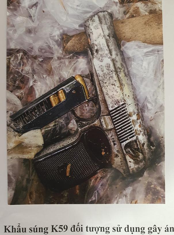 Kẻ cướp ngân hàng ở Sóc Sơn nổ 2 phát súng trước khi bỏ trốn - Ảnh 1.