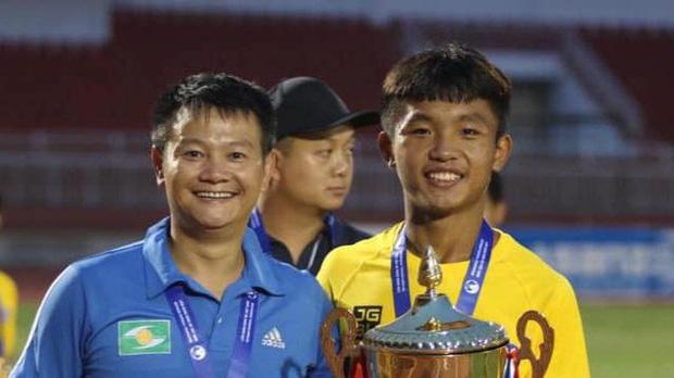 Có nhiều thế hệ vàng, nhưng cậu bé vàng chỉ có một: Phạm Văn Quyến hôm nay bước sang tuổi 36 - Ảnh 5.
