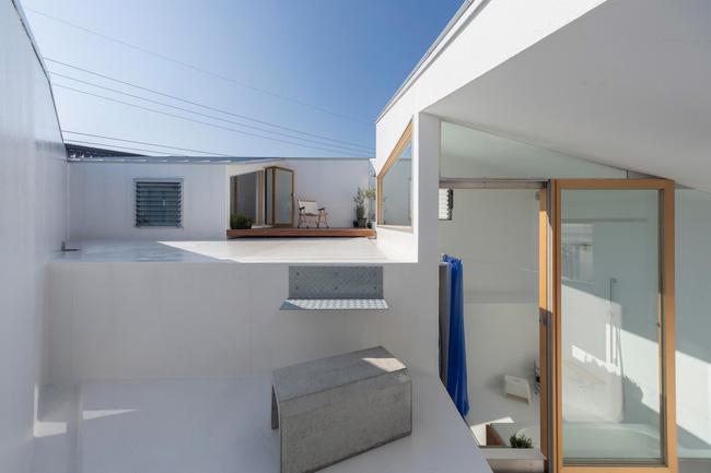 Ngôi nhà nhỏ ở Nhật được thiết kế siêu độc đáo để ăn gian diện tích, giúp nhà rộng hơn nhờ vào các không gian chức năng được chia theo... toán học - Ảnh 8.