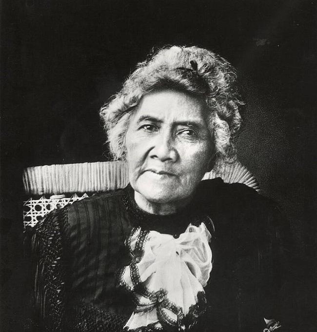 Câu chuyện cuộc đời đầy bi kịch của Nữ hoàng duy nhất của Hawaii: Nỗ lực giành độc lập cho đất nước nhưng cuối đời phải sống trong cô độc - Ảnh 5.