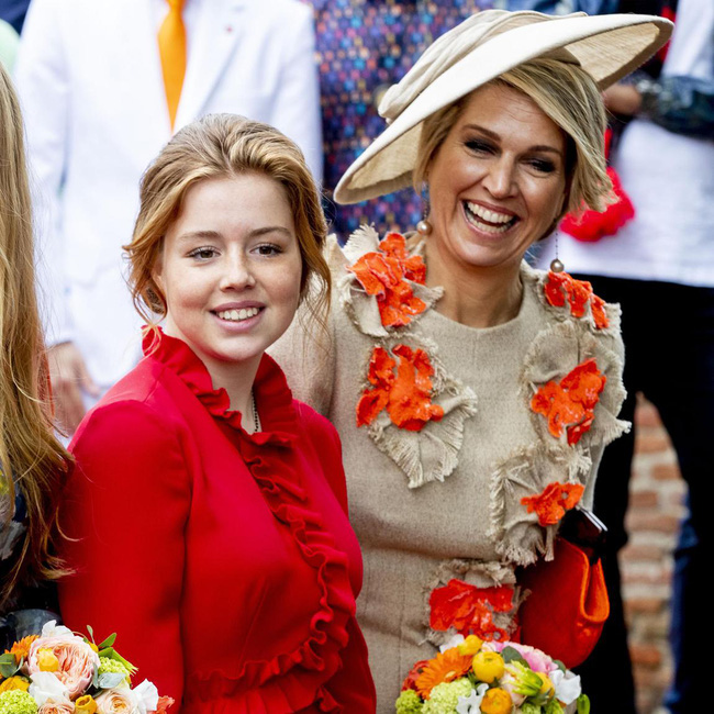 Ngất ngây với một loạt khoảnh khắc của các tiểu hoàng tử, công chúa trên thế giới cho thấy họ đích thực là bản sao hoàn hảo của cha mẹ mình - Ảnh 9.