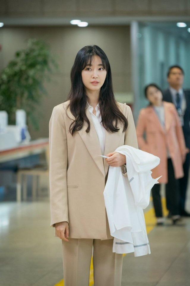 Hoa hậu gợi cảm hàng đầu Hàn Quốc lao đao vì nghi án bán dâm, tuổi 42 vẫn độc thân quyến rũ - Ảnh 4.