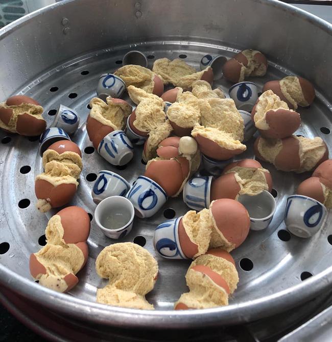 Những pha thất bại cay đắng của hội chị em khi ở nhà nấu ăn mùa dịch: Bánh bông lan Bao Công làm bằng nồi cơm điện, chè sữa trân châu nát bét - Ảnh 14.