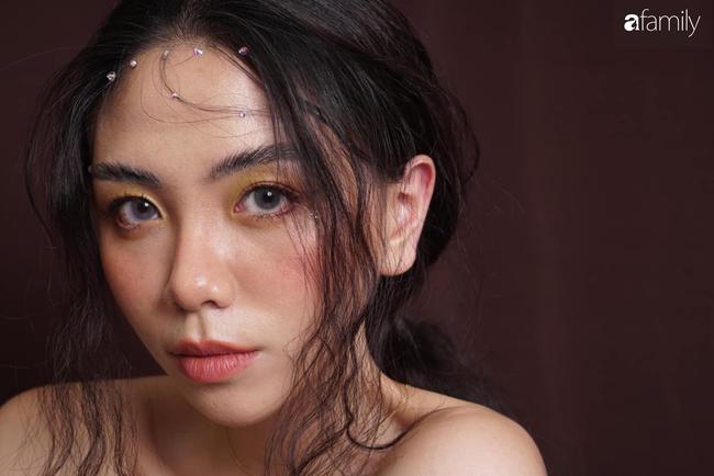 Đặng Tiểu Tô Sa - cháu gái xinh đẹp của thầy Văn Như Cương comeback ngoạn mục với hình ảnh fashionista nóng bỏng đầy quyến rũ tuổi 22 - Ảnh 25.