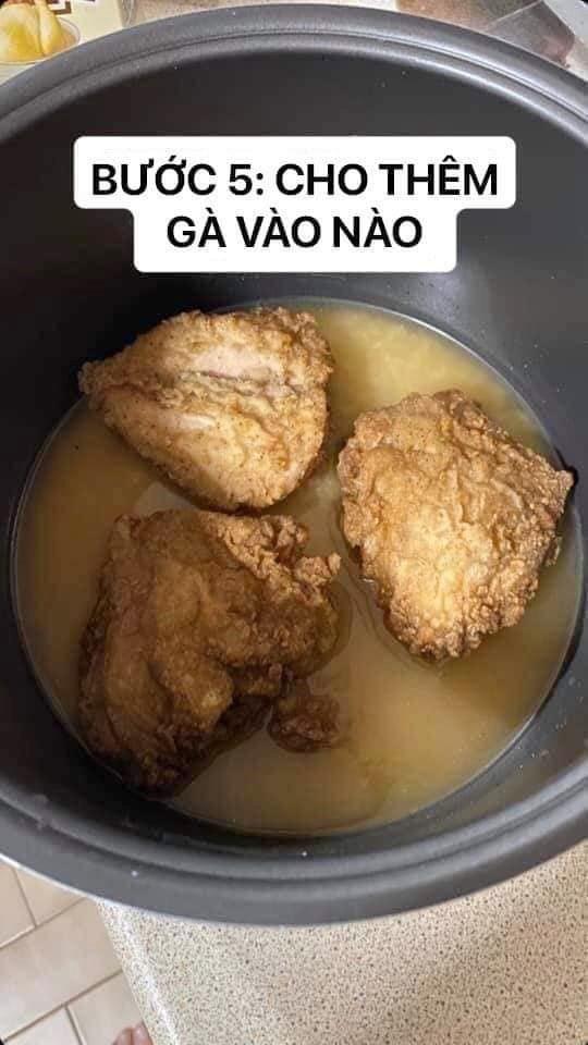 Những pha thất bại cay đắng của hội chị em khi ở nhà nấu ăn mùa dịch: Bánh bông lan Bao Công làm bằng nồi cơm điện, chè sữa trân châu nát bét - Ảnh 34.