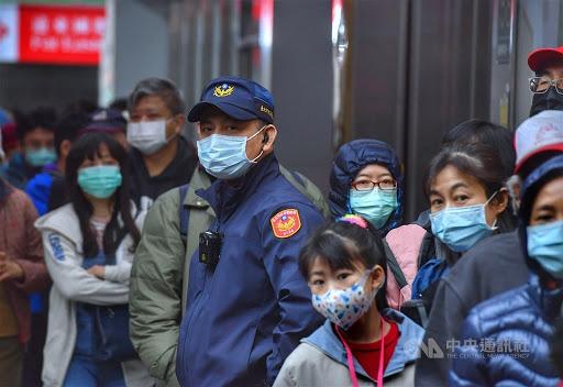 CNN: Sau đòn đau nhớ đời, Đài Loan trở thành một trong những nơi chống dịch COVID-19 tốt hàng đầu thế giới - Ảnh 3.