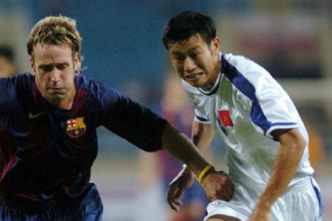 Vắng Messi, dàn sao trẻ Barca gục ngã trước Việt Nam bởi bước chạy thần tốc của Công Vinh - Ảnh 3.