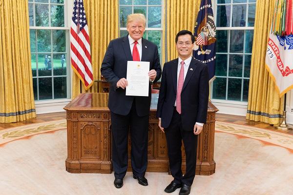 Đại sứ Hà Kim Ngọc: Việt Nam xuất khẩu trang, vật tư y tế sang Mỹ, đóng góp vào nỗ lực toàn cầu đẩy lùi COVID-19 - Ảnh 1.