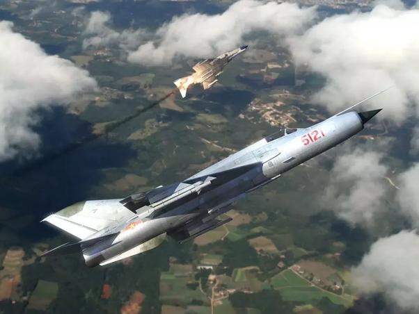 Sốc với dàn tiêm kích MiG tung hoành ở đơn vị siêu bí mật của Không quân Mỹ - Ảnh 6.
