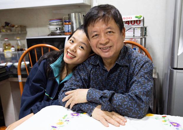 Con gái NSƯT Chiều Xuân tiếp tục gây sốt với nhan sắc tuổi 15: Camera thường mà vẫn đẹp miễn chê! - Ảnh 2.