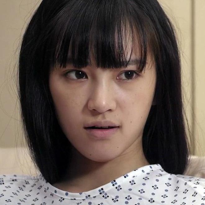 Nữ thần Vũ Hán lộ mặt cứng đơ khác lạ, là thiếu app chỉnh ảnh hay vừa phẫu thuật? - ảnh 4