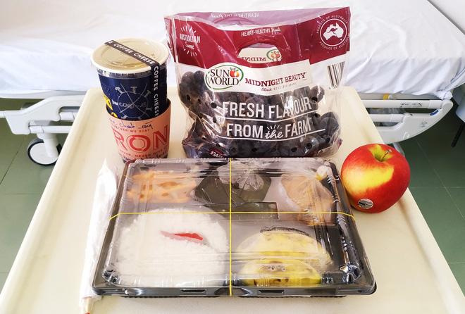 Những phần cơm cách ly bắt mắt và đẩy đủ dinh dưỡng gây sốt MXH: Thực đơn thay đổi liên tục, có thêm cả nho Úc, táo Canada - Ảnh 9.