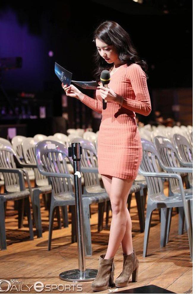So Ji Sub: Đại gia showbiz cưới mỹ nữ Liên minh huyền thoại được triệu đàn ông khao khát - Ảnh 12.