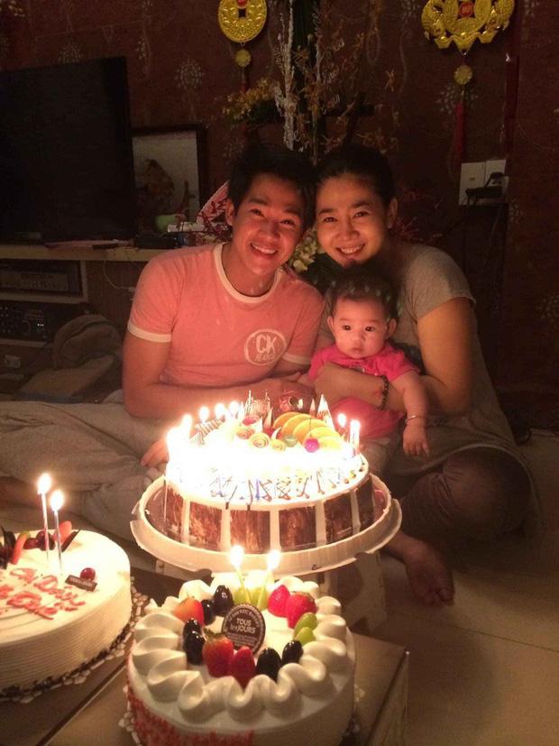 Nghẹn ngào hình ảnh gia đình hạnh phúc hiếm hoi của Phùng Ngọc Huy và cố diễn viên Mai Phương: Nụ cười nói lên tất cả! - Ảnh 1.