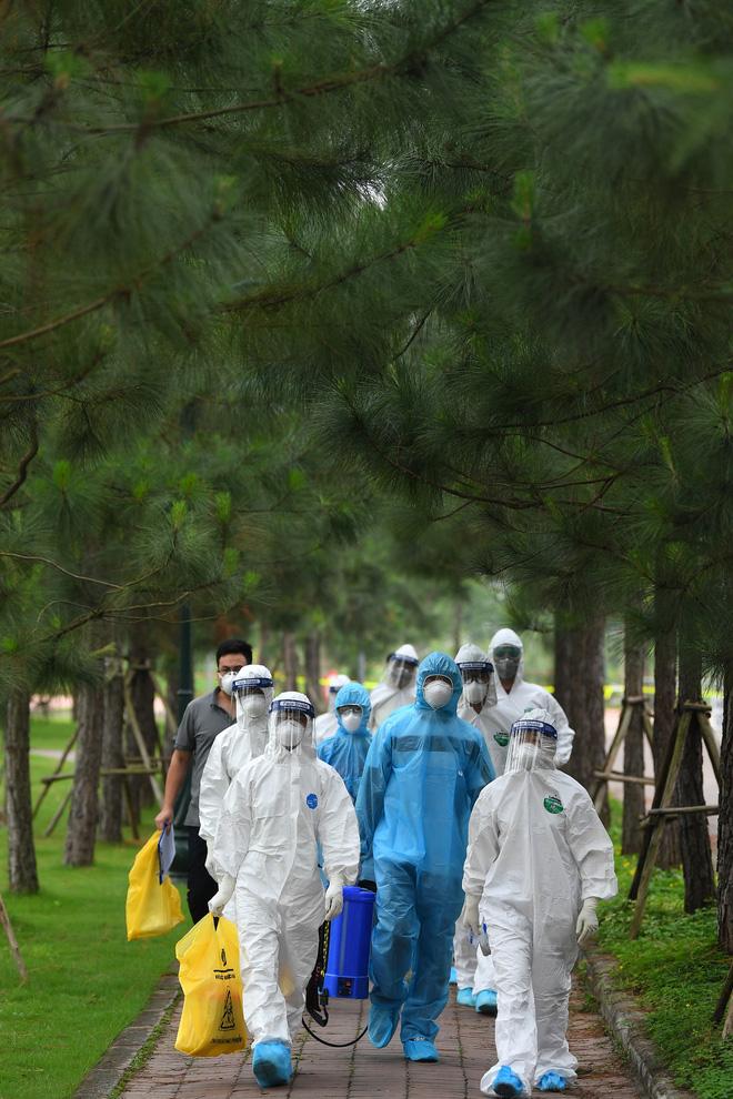 Dịch Covid-19 ngày 8/4: Có ca bệnh phức tạp, Hà Nam họp khẩn, phong tỏa 1 thôn; Việt Nam có 251 ca bệnh - Ảnh 1.
