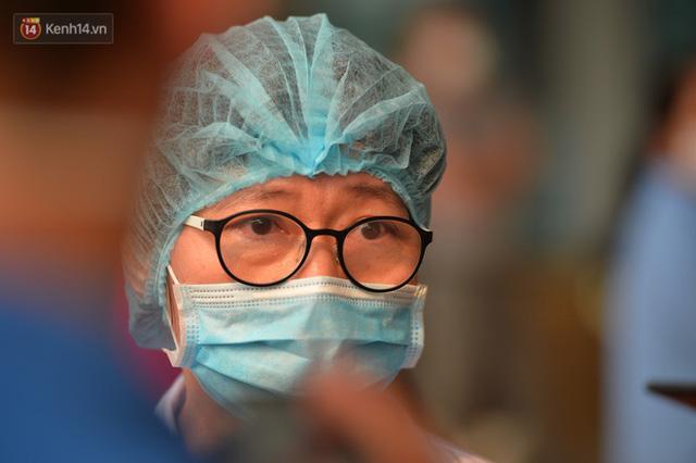 Nam bác sỹ đầu tiên nhiễm Covid-19 khỏi bệnh: Bạn ấy luôn áy náy khi nhiễm bệnh, chỉ lo lắng cho đồng nghiệp - Ảnh 1.