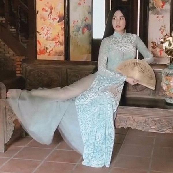 Mai Phương Thúy, Ngô Thanh Vân, Ngọc Trinh: 3 người đẹp vướng tai tiếng vì mặc áo dài phản cảm - Ảnh 5.