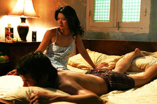 Diễn viên Kiều Trinh: Tôi là mẹ của 3 đứa con, không muốn người ta gọi là nữ hoàng cảnh nóng - Ảnh 1.